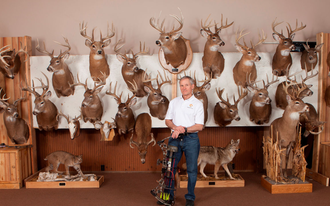"Show 71 – John Eberhart  ""Hunting Pressured Bucks"""