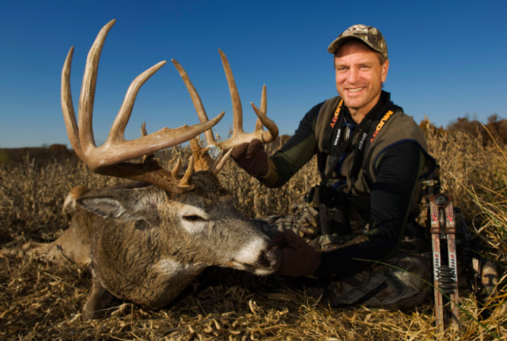 Midwest Whitetail host Bill Winke